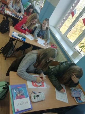 Zajęcia lekcyjne Biologia – przybliżenie historii orła w godle (M. Piwińska i klasa 7b)