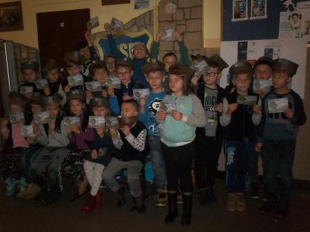 """Klasa III """"a"""" – wycieczka do Centrum Tradycji Wojsk Pancernych w Żaganiu"""